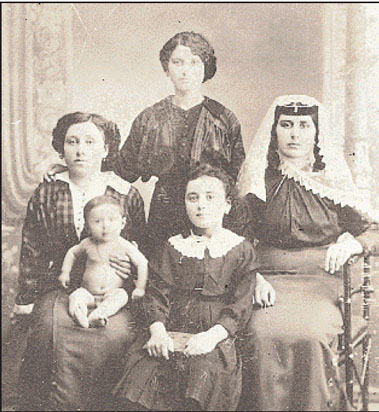 ellines armenia2 Οι Έλληνες στην Αρμενία