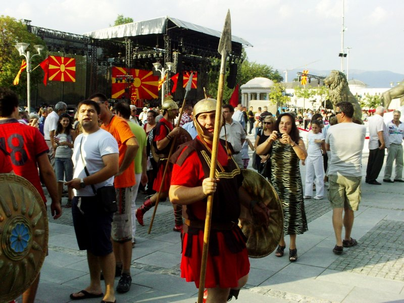 PICT1631 Macedonia Name Issue: Nationalistic slogans and Kitsch Parade in FYROMs celebrations for Independence Day
