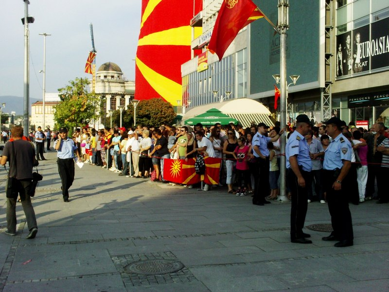 PICT1647 Macedonia Name Issue: Nationalistic slogans and Kitsch Parade in FYROMs celebrations for Independence Day