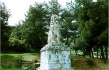 Στόχος βανδάλων το μνημείο – σύμβολο των Σερρών