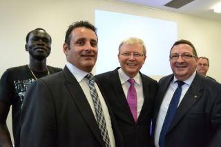 KEVIN RAND Αμετάβλητη η πολιτική της Αυστραλίας σε Σκοπιανό, Κυπριακό