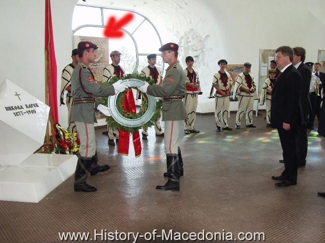 ivanov vergina sun1 Οπτικό Ντοκουμέντο από τις συνεχείς παραβιάσεις της Ενδιάμεσης Συμφωνίας από τους Σκοπιανούς