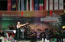 Χορευτικό συγκρότημα από την Κομοτηνή χόρευε μαζί με χορευτικό από την κατεχόμενη Κύπρο