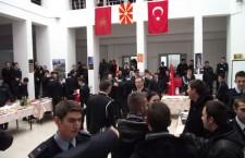 Προκλήσεων συνέχεια... Σκοπιανοί ανάρτησαν σημαία με τον Ήλιο της Βεργίνας και στην Άγκυρα