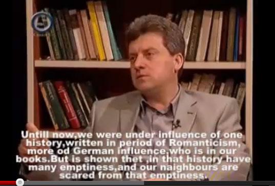 Δείτε πως έγινε πάλι ρόμπα ο Σκοπιανός πρόεδρος Ιβάνοφ !!!