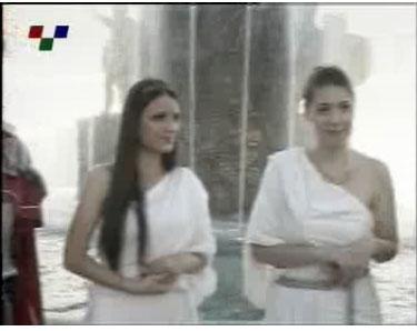skopiani froura Σλάβοι ντυμένοι αρχαίοι Μακεδόνες στην κεντρική πλατεία των Σκοπίων (Δείτε Φωτογραφίες)