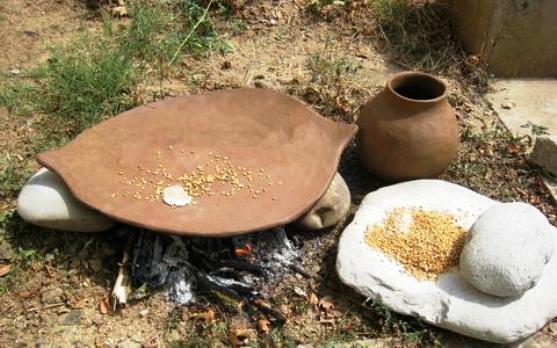 """Καστοριά : """"Προϊστορικές"""" πίτες με συνταγή επτά χιλιάδων χρόνων…"""