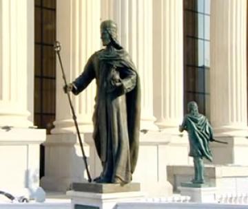 Ζημιές στο άγαλμα του Σέρβου ηγεμόνα Στέφανου Ντούσαν προκάλεσαν Αλβανοί των Σκοπίων
