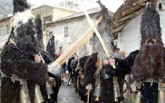 ethima ton theofaneion stin anatoliki makedonia2 Τα πανάρχαια έθιμα των Θεοφανείων στην Ανατολική Μακεδονία