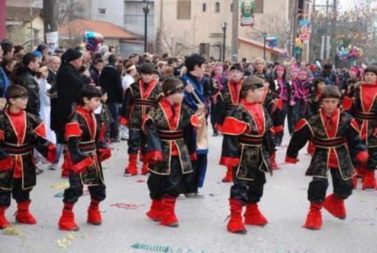 servia velvento  Με φανούς και παρελάσεις στη Δυτική Μακεδονία