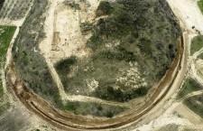 Ανασκαφή του μνημειακού περιβόλου του Τύμβου Καστά