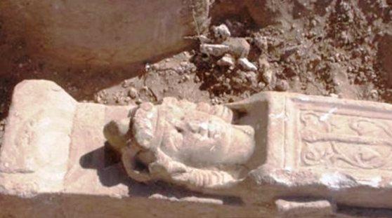 Kupros Κύπρος : Προτομή του Μ. Αλεξάνδρου βρέθηκε σε ανασκαφές