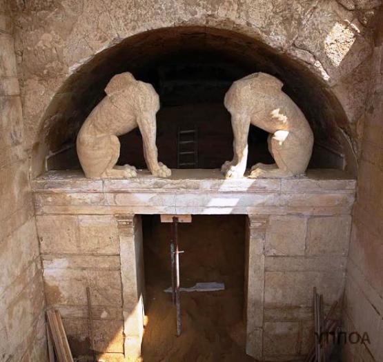 ΥΠΠΟΑ: Συνέχιση ανασκαφικών εργασιών στον Τύμβο Καστά στην Αμφίπολη