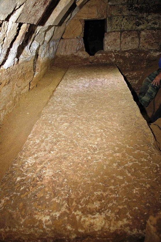 41a1 ΥΠΠΟΑ: Συνέχιση ανασκαφικών εργασιών στην Αμφίπολη