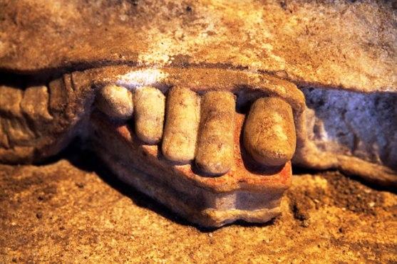 Αμφίπολη, ένα μνημείο που συνεχώς αιφνιδιάζει