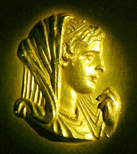 olympias Γραμματειακές πηγές για την ζωή της Ολυμπιάδoς από την έναρξη της εκστρατείας του Μ. Αλεξάνδρου εως τον θάνατο της