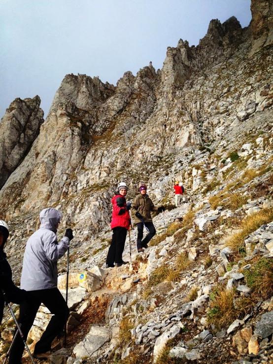 scorpians10 Σκοπιανό παραλήρημα: Στην κορυφή του Ολύμπου με τον Ήλιο της Βεργίνας ο Μιλόσοσκι