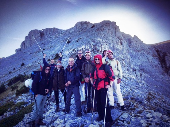 scorpians6 Σκοπιανό παραλήρημα: Στην κορυφή του Ολύμπου με τον Ήλιο της Βεργίνας ο Μιλόσοσκι