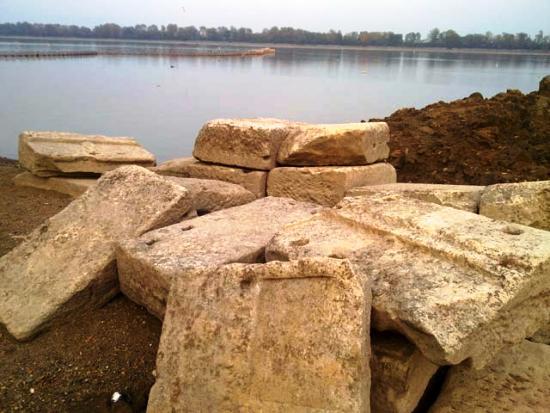 10 ΥΠΠΟΑ : Συνέχιση ανασκαφικών εργασιών στην Αμφίπολη
