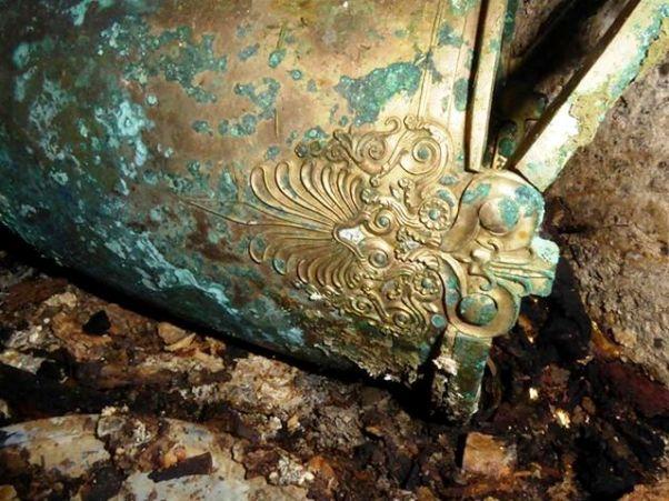 A Kottaridi2 ΦΩΤΟ:Ευρήματα από τον νέο ασύλητο τάφο που βρέθηκε στη Βεργίνα