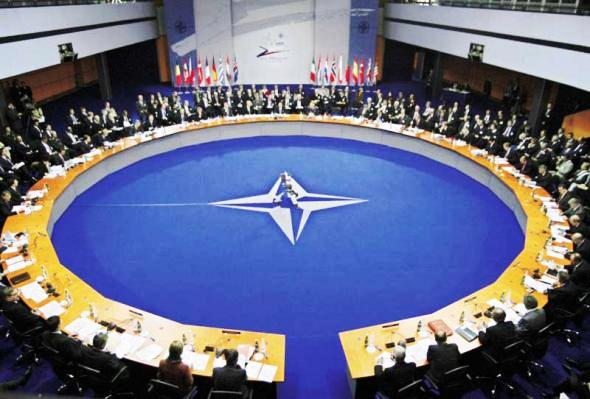 """Αντίδραση της Ελλάδας στην αναφορά των Σκοπίων ως """"Μακεδονίας"""" στο ΝΑΤΟ"""