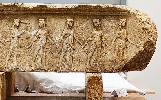 acropolis1 Οι θησαυροί της Σαμοθράκης χωρίς τη Νίκη