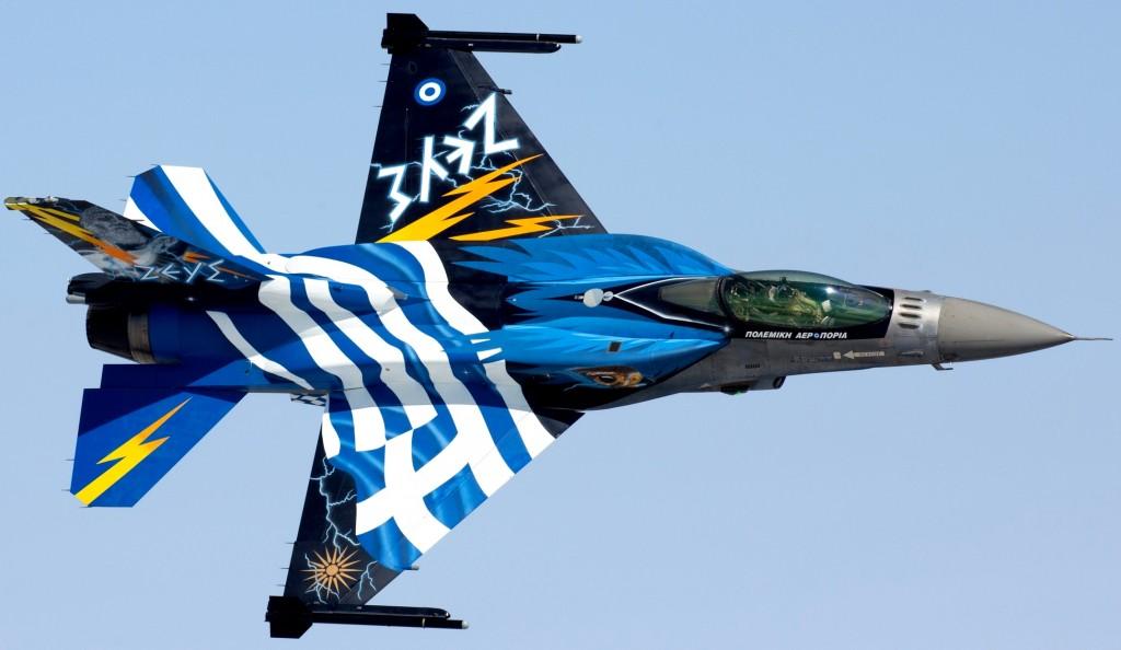 Θεσσαλονίκη : Αεροπορική επίδειξη της ομάδας Ζευς