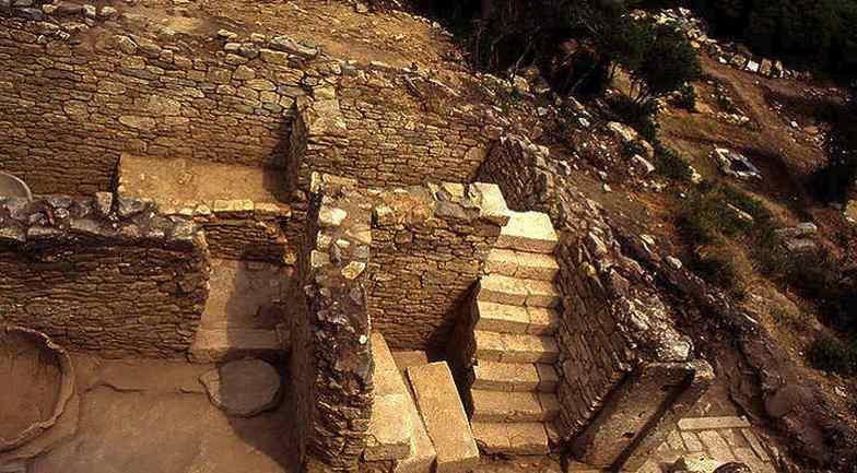 Κούρεμα χρεών στα αρχαία Στάγειρα!