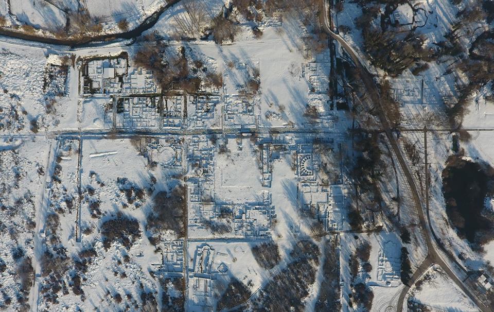 Το Δίον αναδύθηκε από το χιόνι (pics)