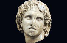 Ο Μέγας Αλέξανδρος στην...υποδοχή του Αρχαιολογικού Μουσείου Πέλλας